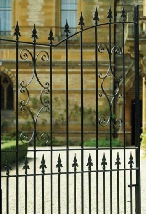 Royal Grange Gate Design