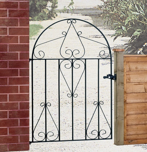 Classic Wrought Iron Style Gate Design