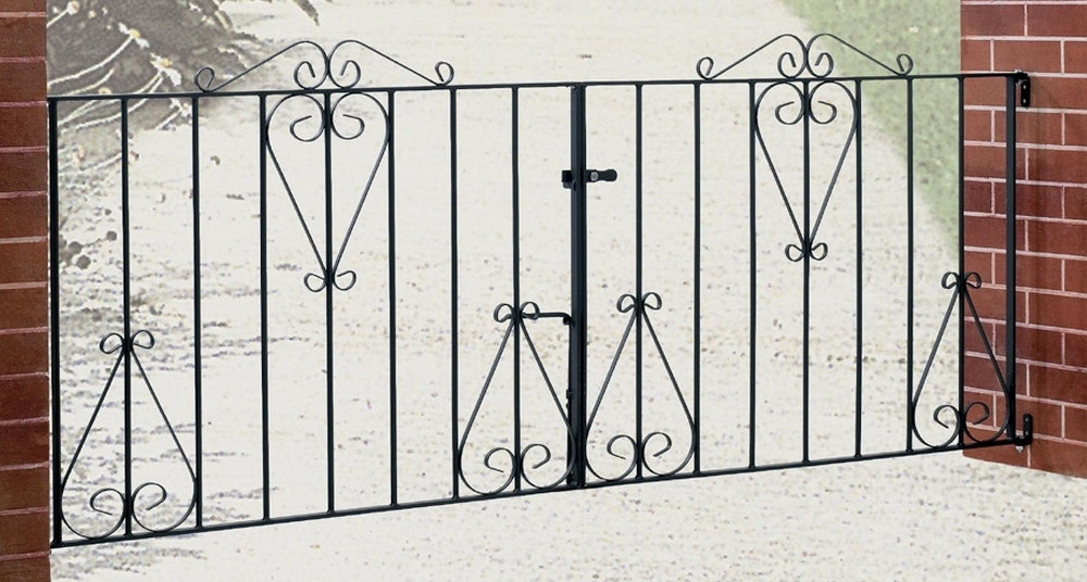 Classic Wrought Iron Style Double Metal Driveway Gates | 3ft High