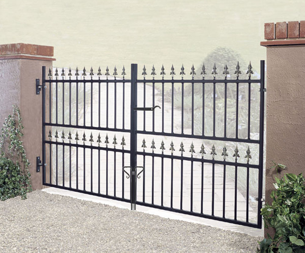 Corfe Wrought Iron Style Double Metal Driveway Gates | 46