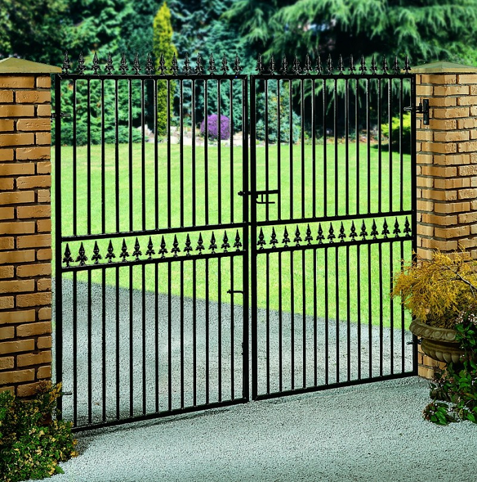 Hampton Wrought Iron Style Estate Gates