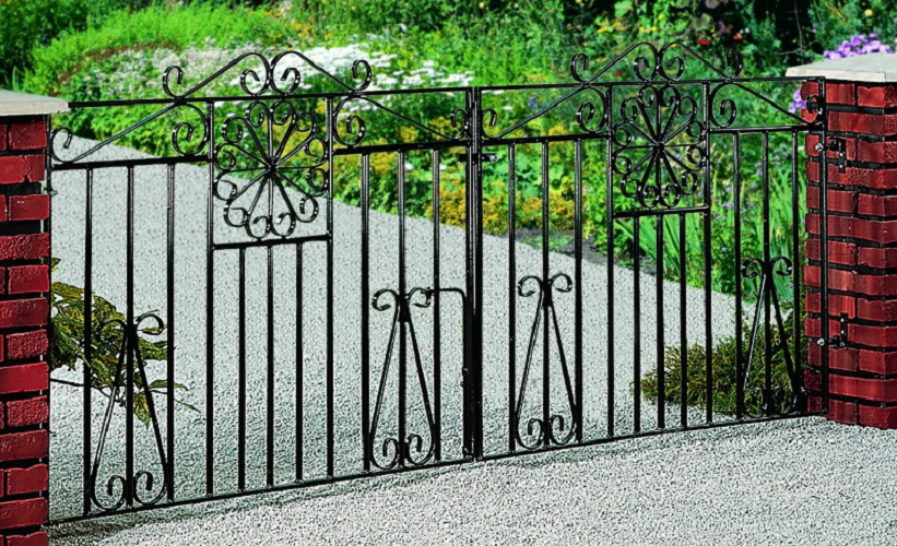Regency Wrought Iron Style Double Metal Driveway Gates | 3ft High