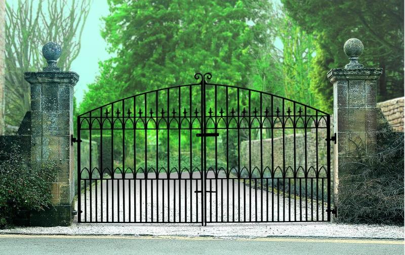 Royale Gothic Wrought Iron Style Estate Gates | 7ft High