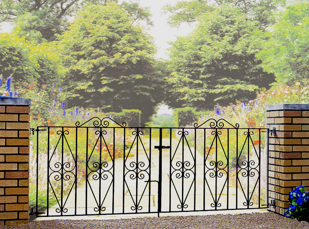 Stirling Wrought Iron Style Double Metal Driveway Gates | 3ft High